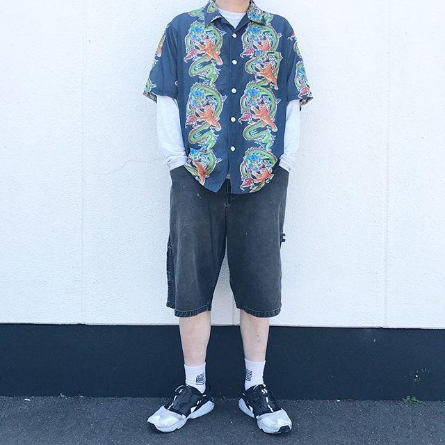 2019年6月13日 | メッシュ地ハワイアンシャツと90年代トミーヒルフィガーペインターパンツのコーデ