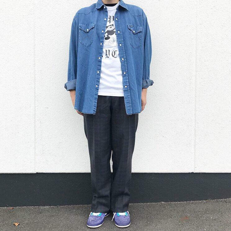 ラングラーのウエスタンシャツにチェックパンツで秋モード