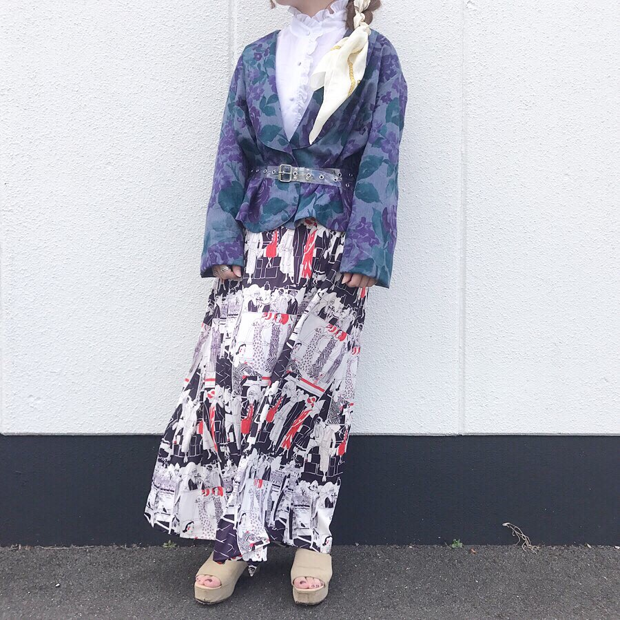 80'sビンテージスカートと90'sテーラードジャケットで秋色レトロコーデ