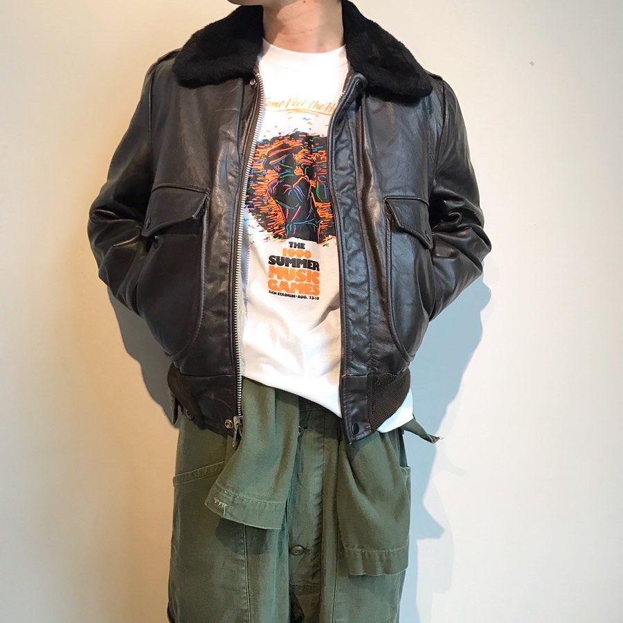 single leather jacket | 90s vintage tee
