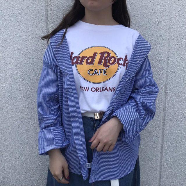 ハードロックTシャツの大人コーデ