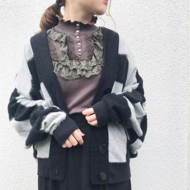 80年代カラス族風ファッション