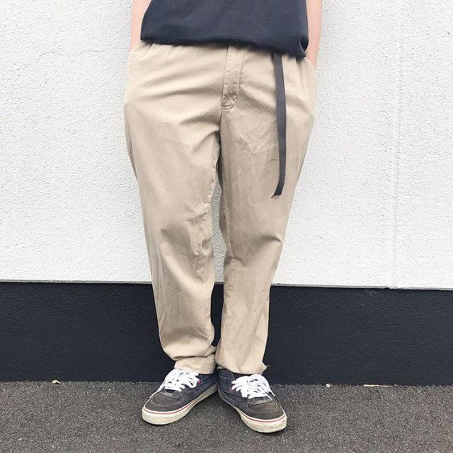 カーハートの古着Tシャツコーデパンツ