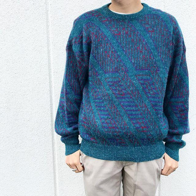 古着のセーターコーデ