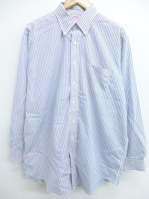 無地かストライプのシャツ