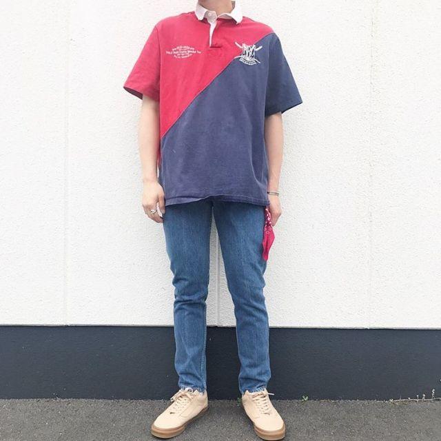 ツートーンのラガーシャツのコーデ