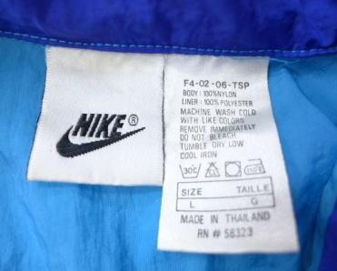 古着のナイロンジャケットの洗濯表示